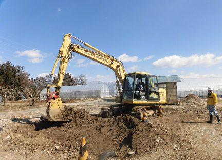 車両系建設機械(整地・運搬・積込み用及び掘削用)運転 (機体質量3t以上)イメージ01